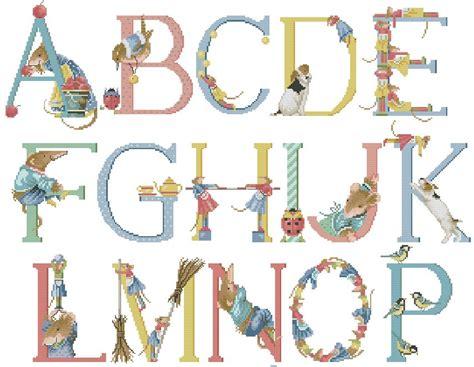 lettere punto croce da stare lettere miniate alfabeto 28 images profdiarte lettere