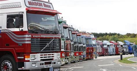 truck shows uk retro truck expanded to two days at warwickshire s