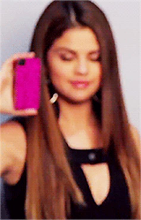 gif wallpaper htc cellphone case line from selena gomez sevelina games
