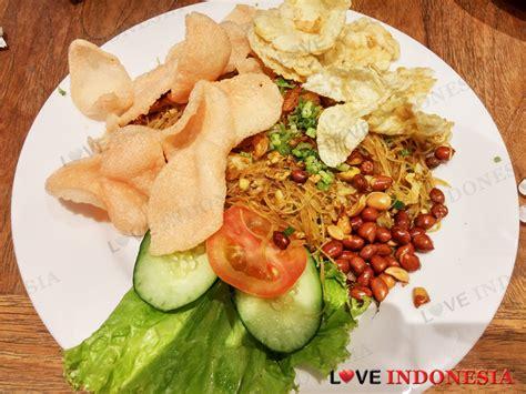 cineplex pluit junction kafe betawi pluit junction love indonesia