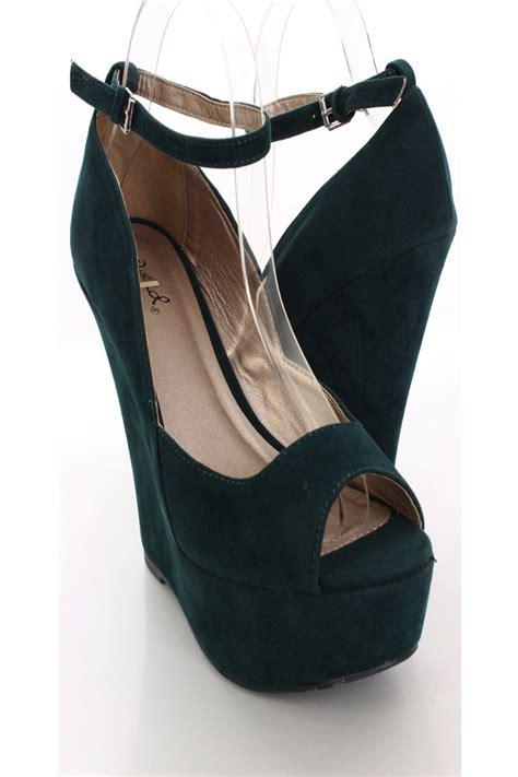 green velvet peep toe ankle wedges