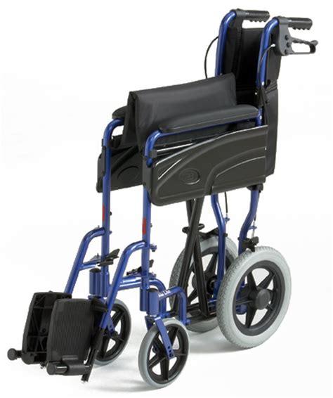 fauteuil de transfert stan fauteuil de transfert pliable alu lite invacare fauteuils de transfert togisant 233