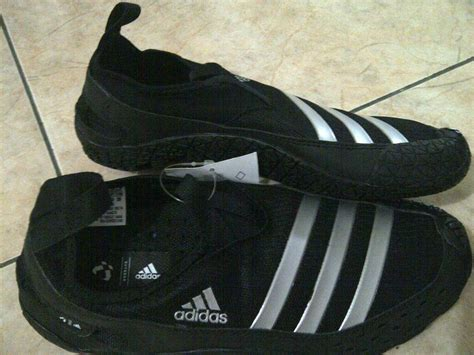 Sepatu Adidas Outdoor Original jual sepatu outdoor adidas tipe jawpaw ii warna hitam size