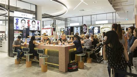 myer closes its wollongong store david jones to relaunch