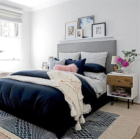 grey and navy bedroom 25 best ideas about navy blue comforter on pinterest
