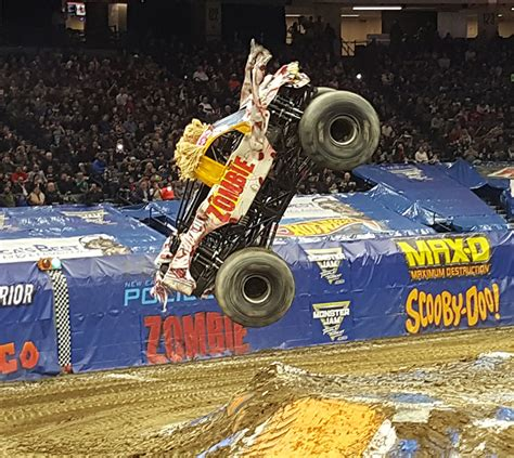 monster truck show sacramento monster jam sacramento 2017 review