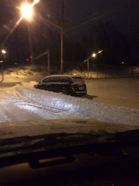 Minivan In Snow by Snow Tops 9 Inches In Some Parts Of Lynchburg Area Local