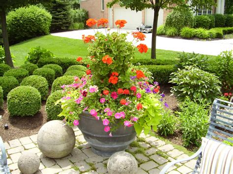 Flower Ideas For Planters still waters notes from a virginia shire flower pots and