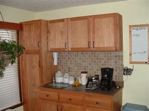 Kitchen Cabinets Lowes Or Home Depot by Lowes Pre Made Cabinets Kitchen Cabinets Lowes Prefab