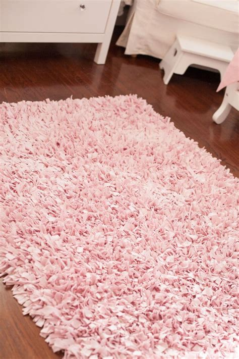 pink rug for room best 20 princess bedroom ideas on