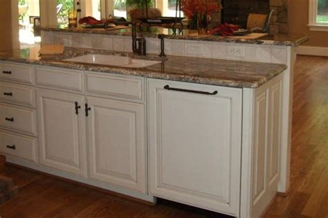 Kitchen Island Designs With Sink Island With Sink Bi Level Counter So Guests Are Spared The Clean Up Mess Farmhouse Kitchen