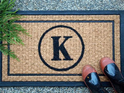 unique doormats diy monogrammed doormat hgtv