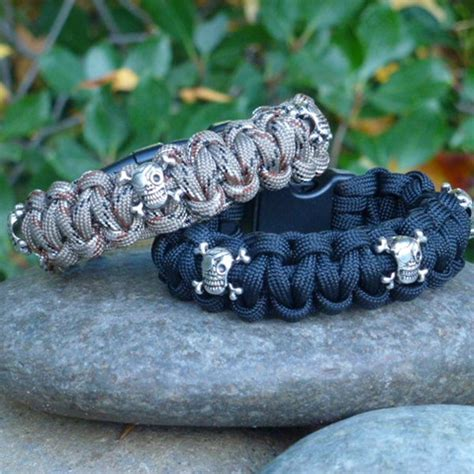 skull paracord skull paracord survival wristband jewelry