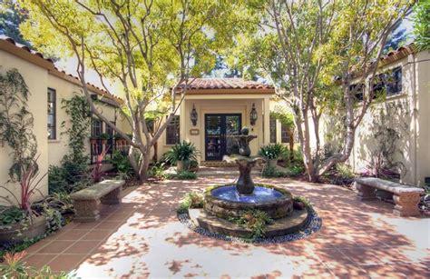 spanish style courtyards spanish style homes google da ara spanish style home