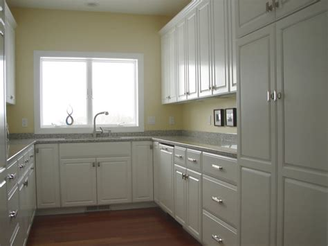 small kitchens with white cabinets u shaped kitchen design
