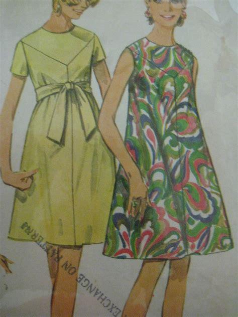 pattern yoke dress vintage simplicity 7436 v yoke collarless tent dress