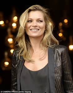 New Topshop Launches And Its Got A by Crowds Choke Topshop Flagship Store As Kate Moss Launches