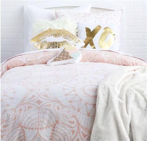 rose gold bedding best 25 rose gold bed ideas on pinterest bedroom ideas