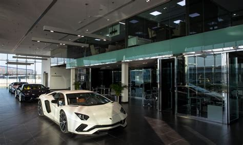 lamborghini showroom building s largest lamborghini showroom opens in dubai