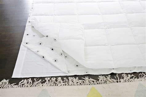 make an easy duvet cover with any flat sheet a