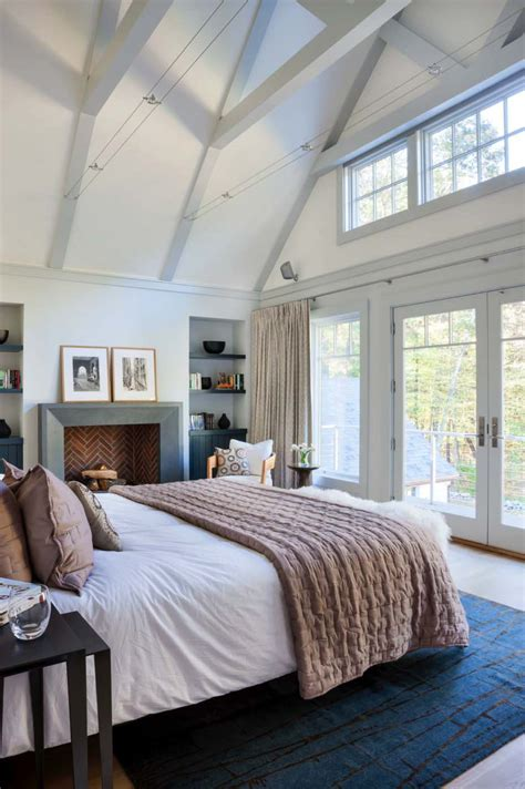vaulted bedroom 33 stunning master bedroom retreats with vaulted ceilings