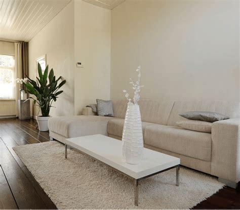 binnenhuisarchitectuur tips rustig witte woonkamer inrichten tips inspiratie