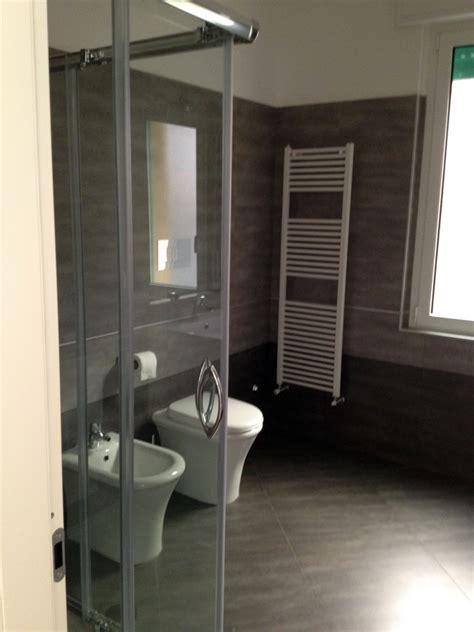 rivestimenti bagno gres porcellanato foto bagno con gres porcellanato di zappino costruzioni