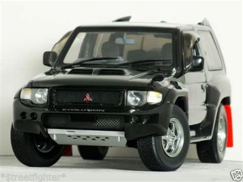 Mistubishi Th T25 18 26 1 18 autoart quot mitsubishi pajero evolution quot black mega shogun evo 4x4 new ebay toys