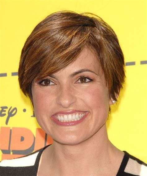 hairstyles for short hair olivia grace hargitay mariska short holiday hair mariska hargitay