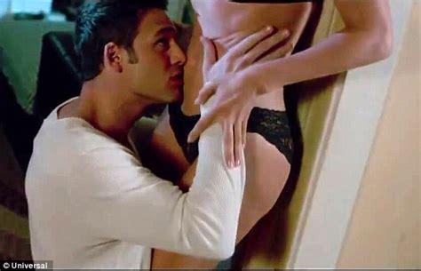 jennifer lopez nude movie jennifer lopez in poster for erotic thriller the boy next