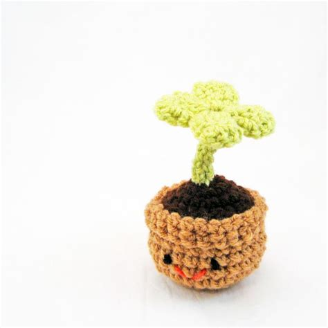 amigurumi leaf pattern 4 leaf clover amigurumi crochet pinterest