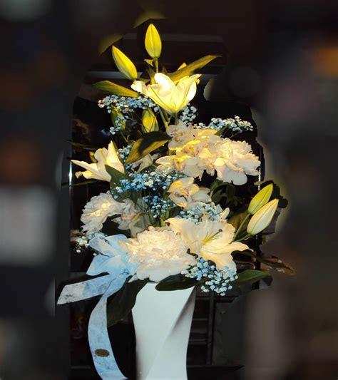costo mazzo fiori mazzo per nascita acquista fiori a piacenza