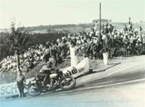 Motorradrennen Durch Die Stadt by Die Geschichte Des Sachsenrings Historie