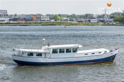 ligplaats woonschip woonschip 23 m motorboot te koop jachtmakelaar de valk