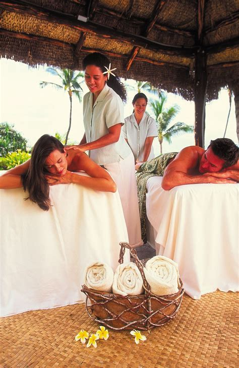 Spa and romance packages in Hawaii and Tahiti. #Honeymoons