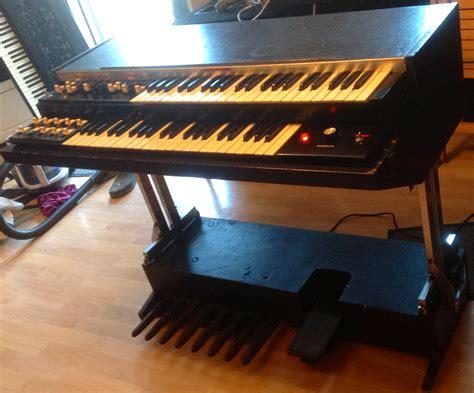Organ L by Hammond L100 P Image 484328 Audiofanzine