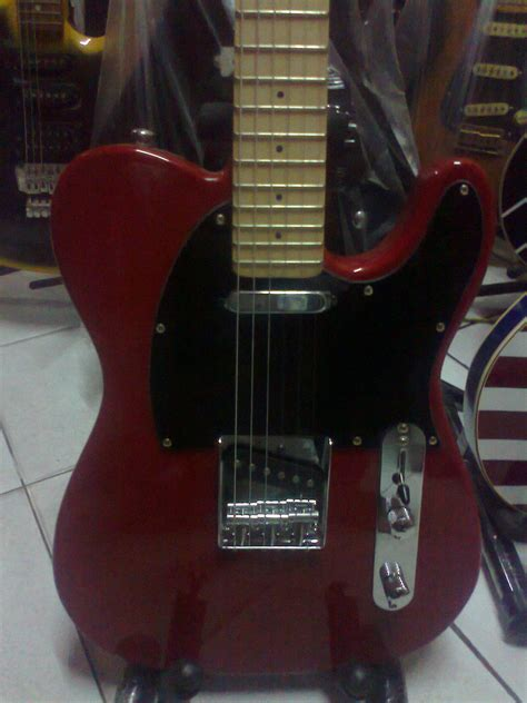 Gitar Listrik Fender Telecaster gitar fender telecaster merah 3 dheton