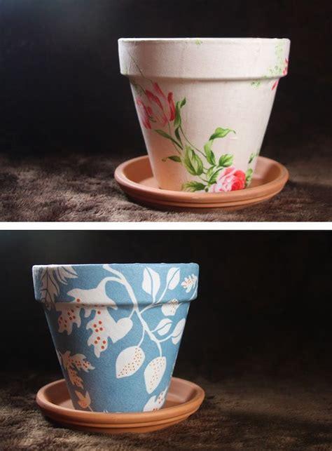 diy mod podge flower pot diy flower pots made w scrapbook paper and mod podge gt gt can be used for pens pencils tips