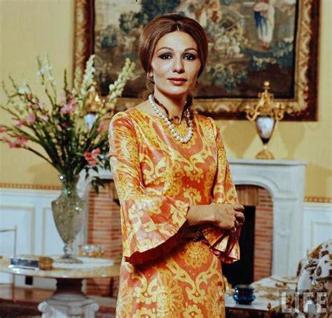 queen farah pahlavi iran belle de jour farah pahlavi empress of iran