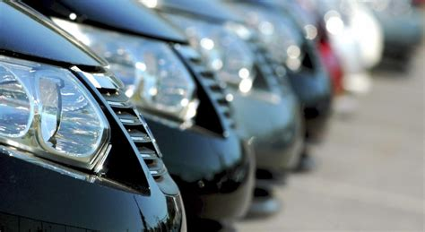 Rent Lease Or Buy Car Survey Finds Car Rentals Lead To Car Purchases Acuantcorp