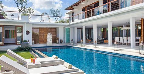villa cendrawasih  bedroom villa seminyak bali