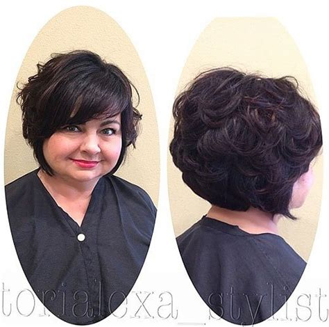 plus size women with angle bob hairstyle 30 stylish and sassy bobs for round faces