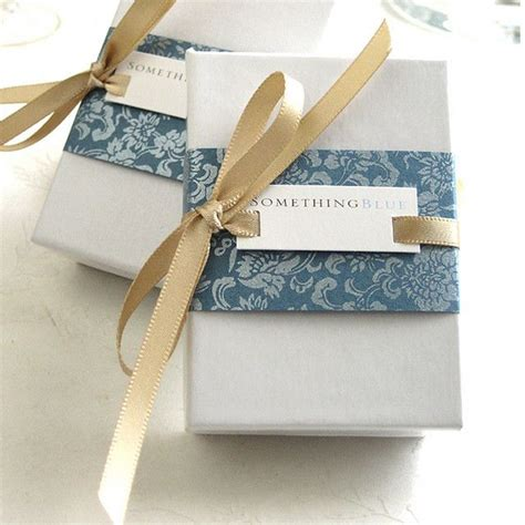 ca gift wrap 25 best ideas about gift wrapping on