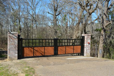 Automatic Fence Gate