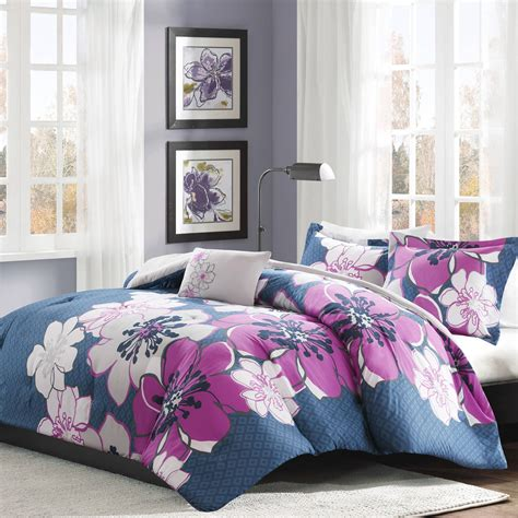 Bedspreads and Comforters for Teenagers