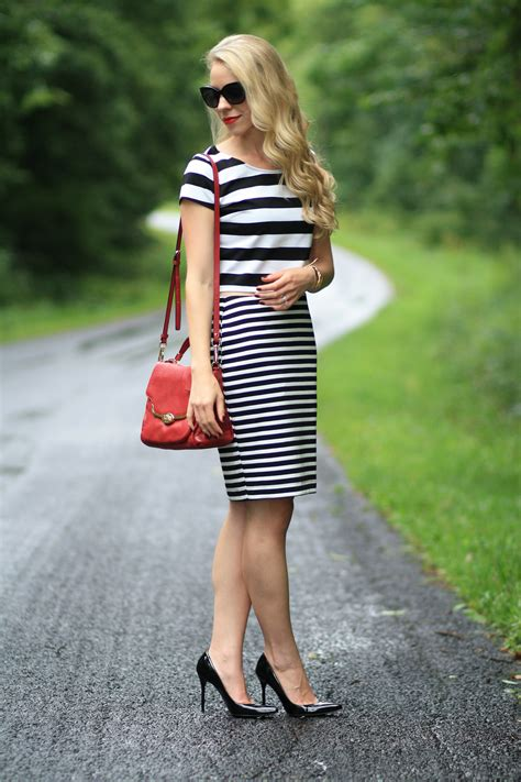 Black and White Striped Pencil Skirt Outfit