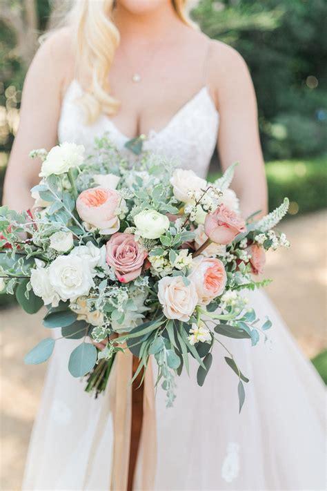Cream and Blush Wedding