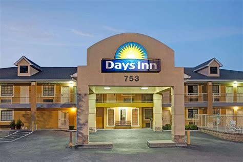 Days Inn Hotel Motel
