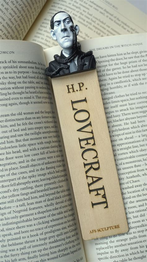 H.P. Lovecraft Googs
