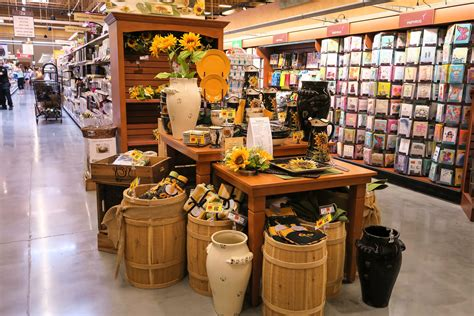 Houseware Stores